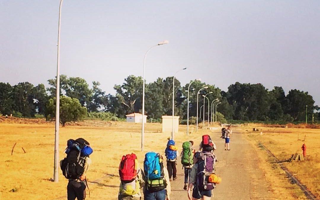 Gelandet und auf dem Weg zum Zeltplatz. #sola16 #dpsg